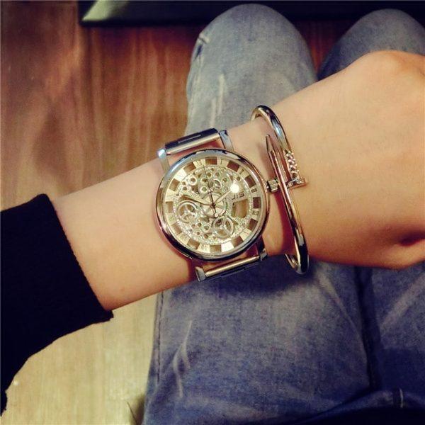 Часы Wild Skeleton