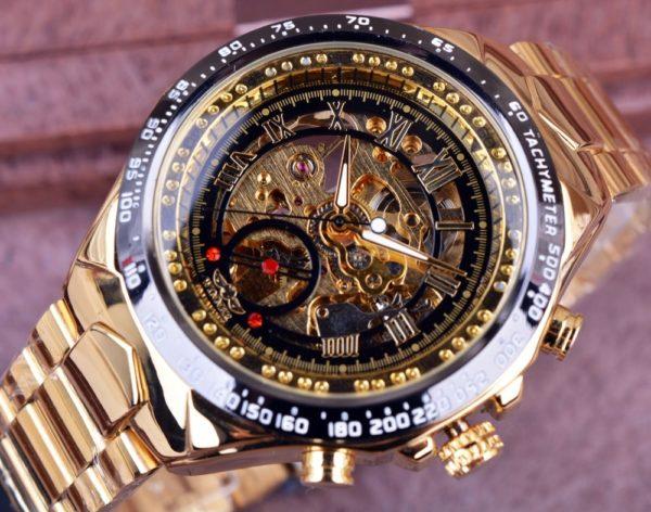 Часы Winner