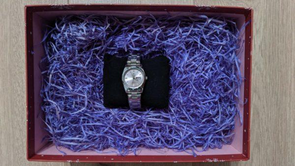 Часы wwor подарок